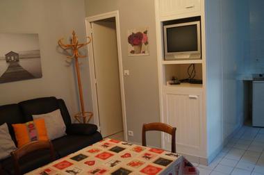 Jugant.Salon-salle à manger1. Saint-Malo