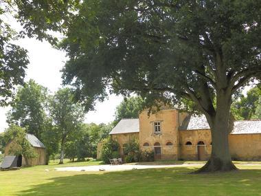 Le-Logis-du-Chateau-Pin-4