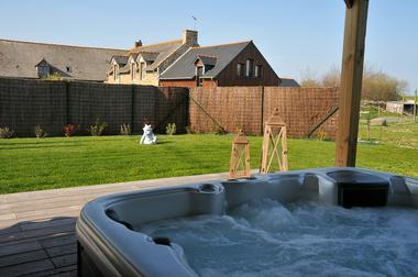 Location-Moulin-Jean-Luc---jacuzzi---Saint-Malo-5
