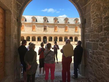 Château du Rocher Portail à Maen Roch