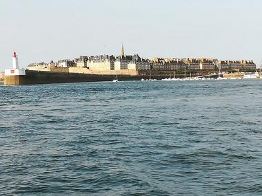 France Guided Tour - Saint-Malo