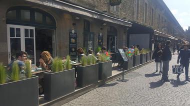 Terrasse ensoleillée - Knop & Compagnie - Saint-Malo