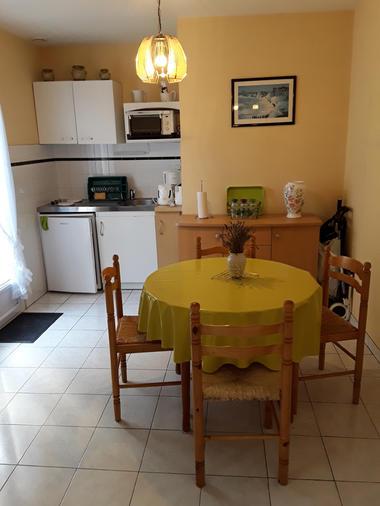 Vallet.salleamanger+cuisine.StMalo