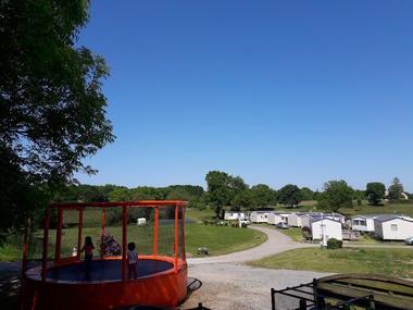 nouvelle partie et trampoline