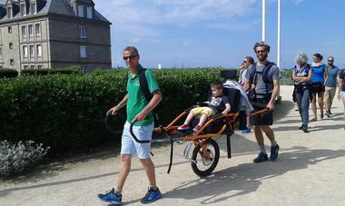 joelette-handisport-Cercle-Jules-Ferry-2--Saint-Malo