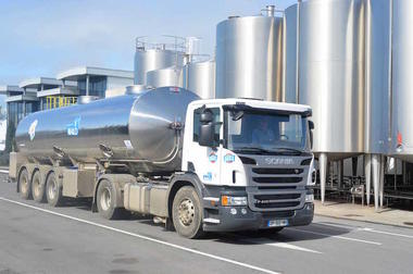 ©Ramassage lait-Malo-Saint-Malo