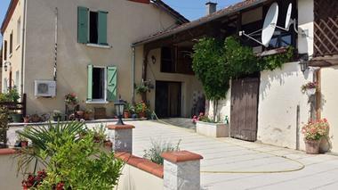 Chambres d'hôtes Les tilleuls, la maison, Saint Pé Delbosc