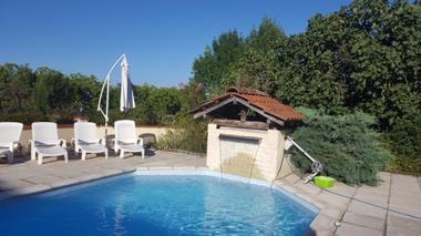Chambres d'hôtes Les tilleuls, piscine, Saint Pé Delbosc