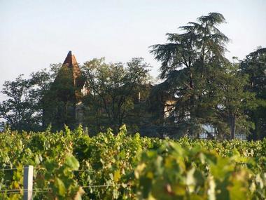 Chateau La Loge1