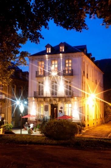 Extérieur nuit Aquitaine LUCHON RN
