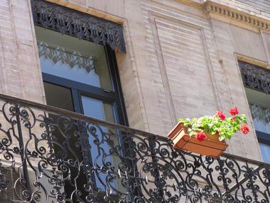 Facade detail balcon
