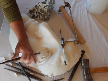Gros_plan-atelier_sculpture_david_leger-800x600_credit-OTHautsTolosans (1)