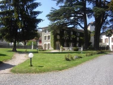 L'hostellerie des cedres parc VILLENEUVE DE RIVIERE