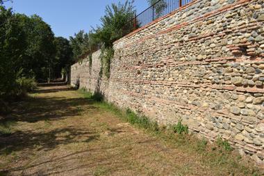 Remparts domaine de la terrasse CARBONNE