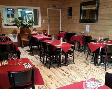 Restaurant l'instant plaisir MARTRES TOLOSANE salle