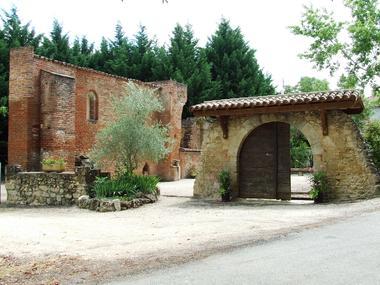 ST-LAURENT-ruines-du-prieure-