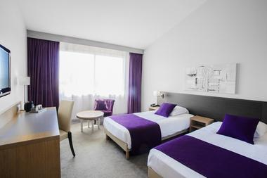 Twin  -hotel-mercure-aeroport-seilh Fomat OT