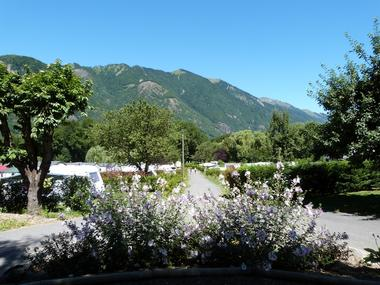allee fleuri camping arome vanille MONTAUBAN DE LUCHON