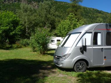camping car 2 camping chanteclerc BAGNERES LUCHON