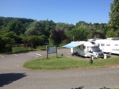 camping car 2 aire de service AUZAS