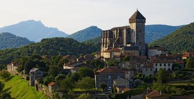 cathédrale St Bertra+village aérien