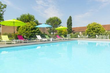 cerise_residence_de_diane_toulouse_piscine_exterieure (12)