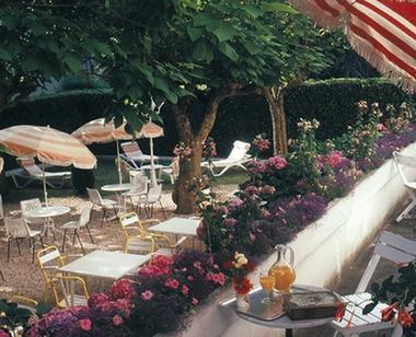 etigny terrasse LUCHON