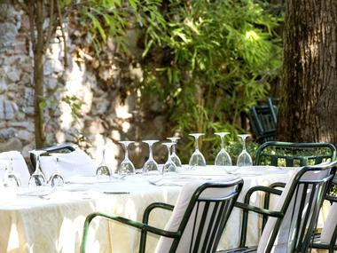 hotel-restaurant-du-midi-jardins-et-terrasses-revel-660741