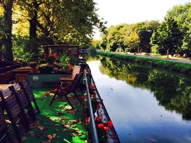 peniche Canal du midi a quai
