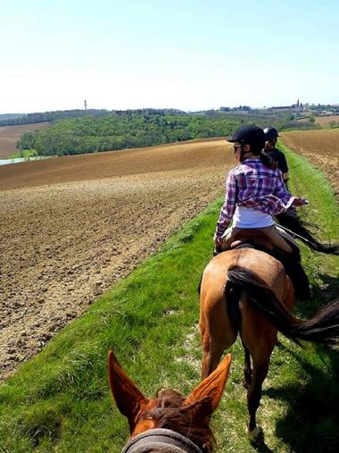 randonnee_cheval_3creditharasdefleyres