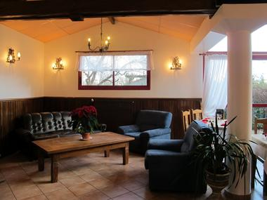 salon hostellerie-du-parc LABARTHE