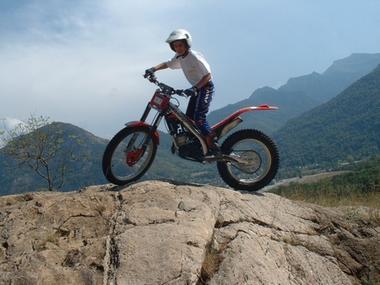 trial sur les roches sport vert CIERP GAUD