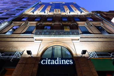 1-facade