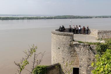 citadelle-Blaye-Unesco-tour-de-l-eguillette-800x600