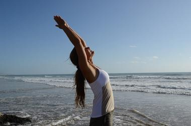 thumbnail_photo vitrine yoga sur mer