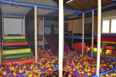 espace jeux BB-camping du Jard-la Tranche sur mer
