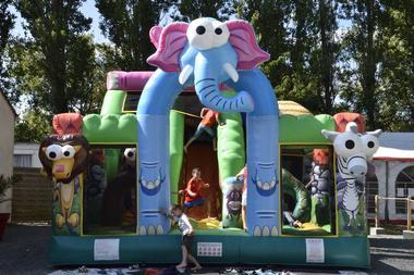 jeu gonflable-camping du Jard-la Tranche sur mer
