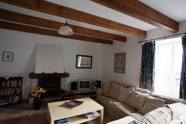 location-chaumiere-au-coeur-de-l-ile-de-fedrun-en-briere-salon-664977