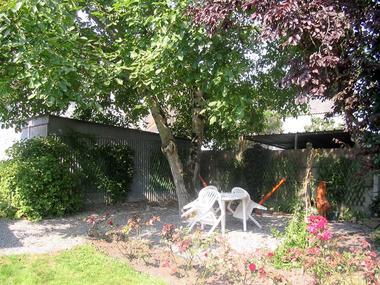 location-chaumiere-au-coeur-de-l-ile-de-fedrun-en-briere-terrasse-664983