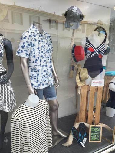 Magasin de vêtements - Turbulence