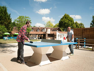 camping_les_saules_cheverny_loire_valley_loisirs_famille_table_ping_pong©Adt41-MirPhoto