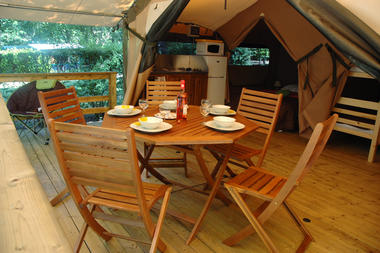 6-Les-Pialades-Tente_Lodge_Dordogne