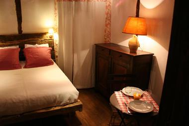 7.nuit-d'amour-diner-romantiq