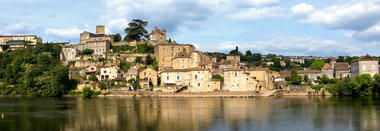 07Vue sur Puy l'Eveque© Lot Tourisme - C. Sanchez