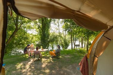04-camping la plage_meyronne