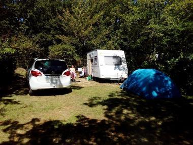 08 camping au bois dormant