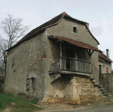 Reyrevignes : Maison