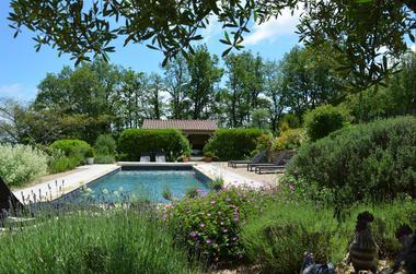 Gîte Durocher-St Denis les Martel-vue piscine
