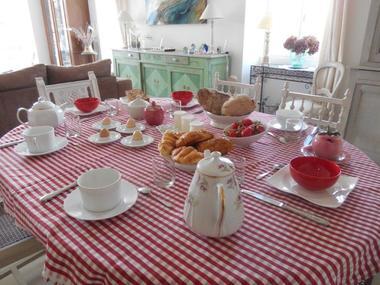 16_Petit déjeuner commun