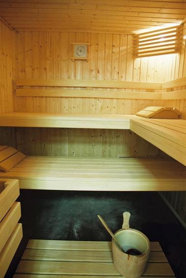 180621HotelPontdOr_Figeac_Sauna